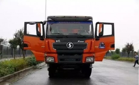 潍柴375马力发动机+高强度车架 陕汽西藏版自卸车解析