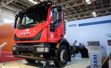280马力+自动挡,售价超80万,这可能是国内售价最高的中卡车型了