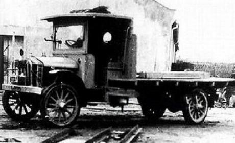 每日侃卡车:中国第一台卡车竟然不是解放CA10?