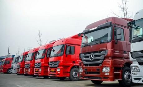 同样60万售价,高配国产卡车和乞丐版进口卡车,你选哪个?