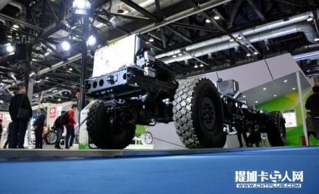 扬眉吐气?国产品牌自主产权重型越野卡车底盘曝光