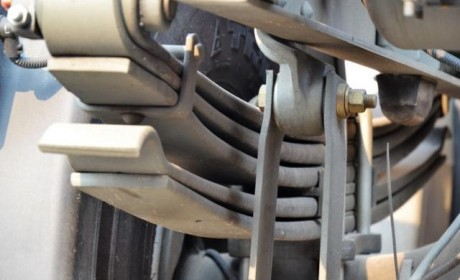 曾经火热 详解卡车用橡胶悬架为何淡出历史