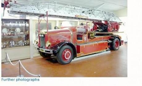 香港消防最爱的品牌?丹尼斯DENNIS经典消防车实拍
