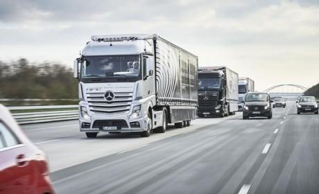 国产卡车列队跟驰实验成功,看起来很美好,但其实离我们还很遥远!