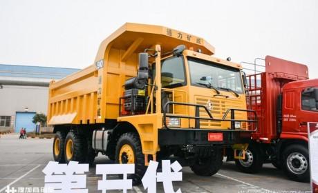 开在路上大卡车都怕它?带您见识下自重30吨的陕汽自卸车巨无霸