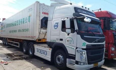 货运市场再遇土豪车主,花近百万购买沃尔沃卡车跑水果运输