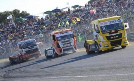 一汽解放卡车带队,今年国际卡车大赛将出现中国卡车司机身影