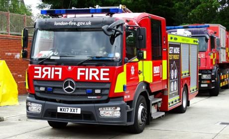 伦敦消防队因反应迅速及可靠性而选择艾里逊变速箱