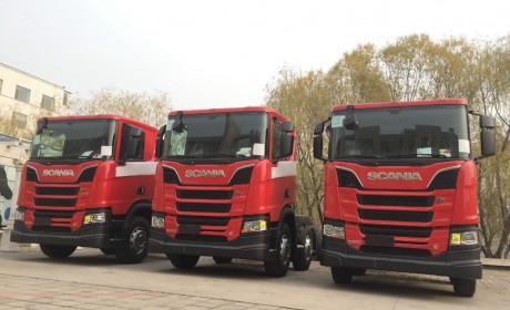 依旧是V8动力,马力升级到650,悄然登陆国内的斯堪尼亚全新一代R系消防车底盘实拍