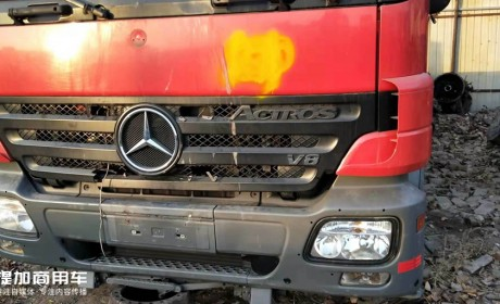 """致敬默默身退的""""烈火战车"""",13年前的V8动力奔驰退役消防车实拍"""