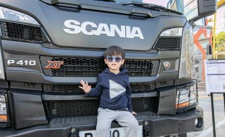 年轻人,您愿意开卡车吗?目前卡车司机严重不足正成为世界性难题!