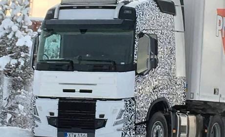 FM改变较大,或于年底发布,正在路试的沃尔沃改款卡车抢先看