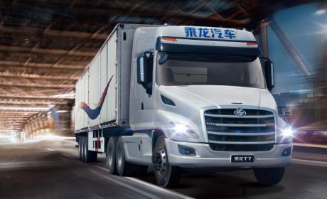 标配自动挡,卧铺1米宽,国内最正宗的美式长头卡车格尔发V7实拍评测