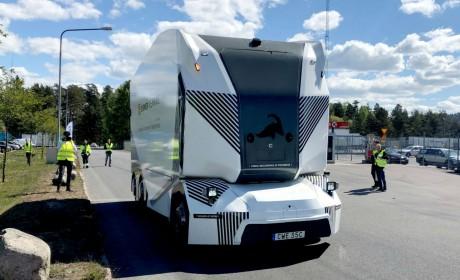 7米车身6米4货箱,全球首辆无人驾驶卡车上路,带您看看它的详细配置
