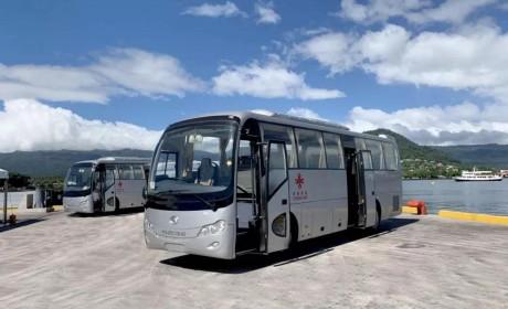 26辆援助客车交付南太岛国萨摩亚,金龙客车再登世界舞台