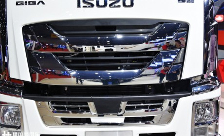 带你见识日系重卡在国内的坚守和突破,2020版庆铃巨咖牵引车全解析
