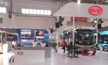 引领绿色智行风尚,比亚迪亮相北京道路运输车辆展