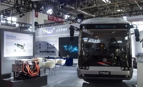 载货空间大、创新驾驶舱踏步设计,银隆物流车plus版正式上线
