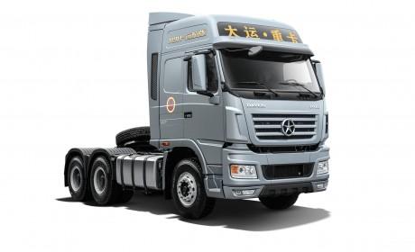 550马力,1000升超大油箱,大运N9H远航版一看就是狠角色
