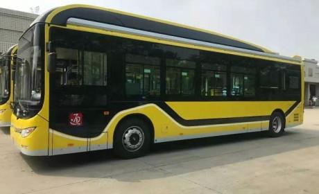 哈尔滨501台黄海纯电动城市公交顺利交车