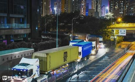 """香港卡车司机的代驾,在内地开港车的""""骑师""""一族生活方式揭秘"""