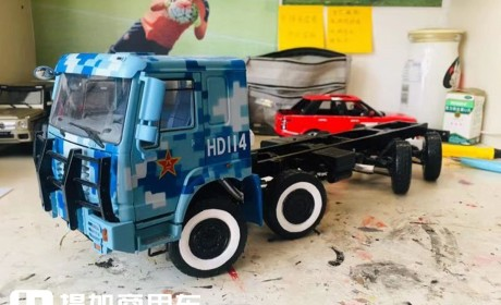 卡车模型也评测,再带你见识一款1:24的重汽豪沃军车模型
