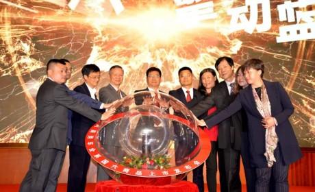 560马力Z14发动机天龙旗舰领衔,东风商用车全系国六车型北京上市