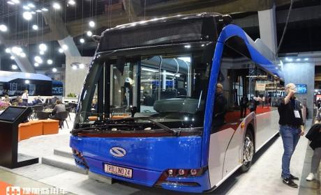 双铰接四桥,三车厢轻松装两百人,这辆纯电动公交长度竟超24米