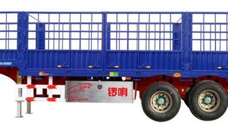 开卡车跑长途必须配挂车,中集、开乐、锣响等,你最喜欢哪个挂车品牌?