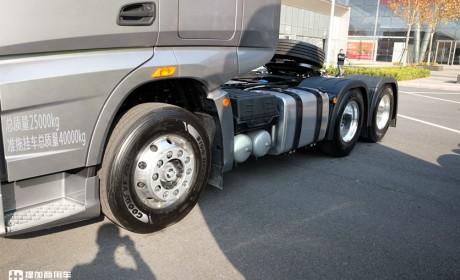 JK6载货车首次亮相,1.2米大卧铺的JH6,2020解放年会展出的亮点车型真多