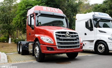 标配车道偏离预警和前碰撞预警. 柳汽这款经济型的长头卡车又升级了