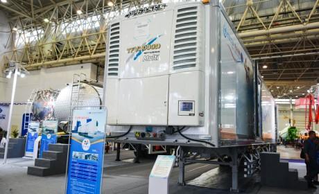 跑货运这么多年了,还是第一次见80多万的冷藏挂车,竟还是国产的!