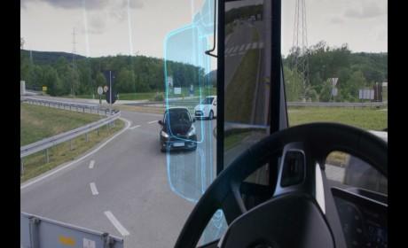 """当""""没有""""了后视镜,会给卡车带来什么影响?奔驰卡车MirrorCam告诉您!"""