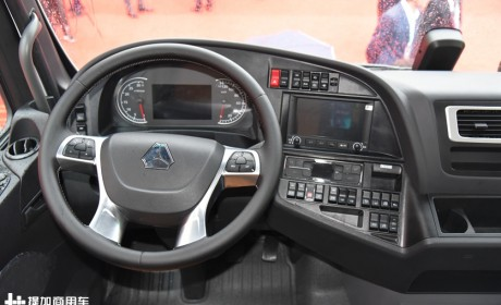 重卡国六时代想买600+马力车型,这三款符合要求的旗舰重卡推荐给您!