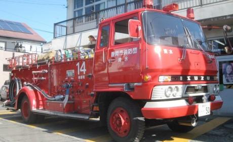 一代经典日系车,老一辈卡车人都认识,五十铃810系列卡车历史回顾