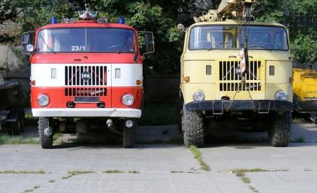 曾经的蓝土匪、歪楼子卡车,开过它的都是老司机,东德依发历史回顾