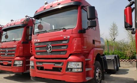 德龙新M3000对轩德X3,潍柴VS玉柴,两款陕汽旗下的LNG牵引车对比评测