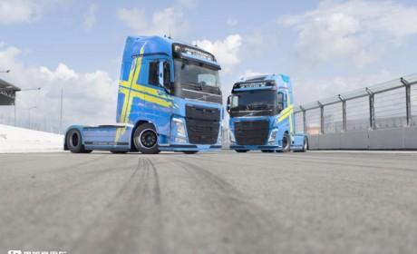 卡车也有性能版?瑞典国旗涂装,这款沃尔沃FH特别版牵引车真的太拉风了