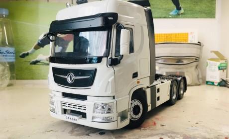 东风商用车的旗舰产品——1:24天龙旗舰卡车模型实拍评测