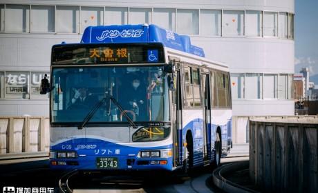 日野9.7米大单桥载货车实拍,带您看看日本轨道上行驶的巴士,提加一周好文推荐
