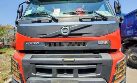 三一C10上装+沃尔沃FMX底盘,听说这是最强四桥泵车组合