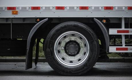 提供安全、节能保障,米其林推出小直径大承载轮胎解决方案