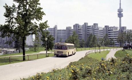 """自带""""移动充电宝"""" 的电动公交车,带您看看50年前的曼恩电动客车"""