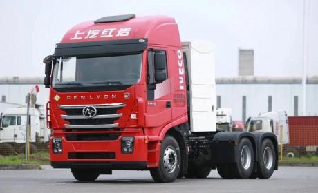 上汽动力E系列配套红岩杰狮C6 CNG牵引车,爱了爱了!