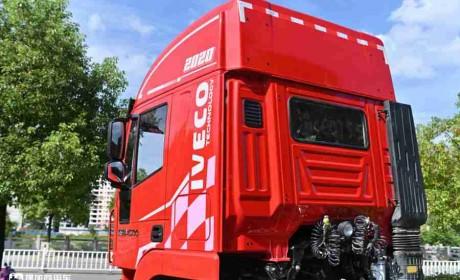 想买性价比卡车,2020款杰狮M500牵引车怎么样?懂车的老司机都选它