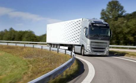 高效节油再升级,全新沃尔沃卡车FH系列搭载I-Save可降低油耗高达10%