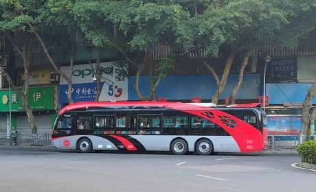 银隆新能源公交再入历史文化名城