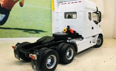 国产长头卡车乘龙T7模型评测来了,内饰外观全解读,让您看过瘾