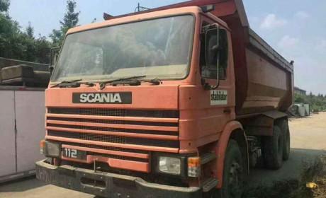 这批报废的斯堪尼亚2系残车,竟是经典的卡车,可惜只跑了一万多公里