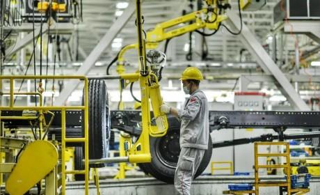 又刷新纪录,东风商用车单日产量突破820辆